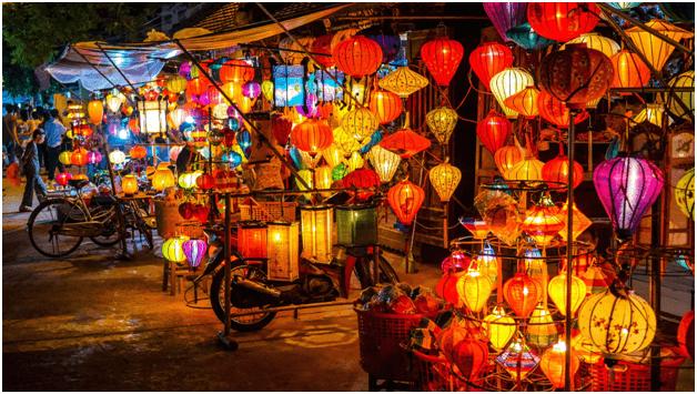 A Romantic lanternlight Evening in Hoi An